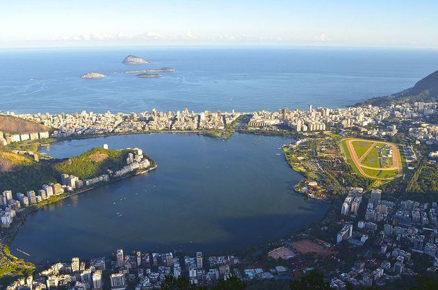A lagoa Rodrigo de Freitas, no Rio de Janeiro