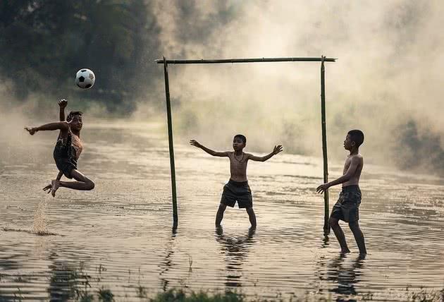 Futebol como jogo