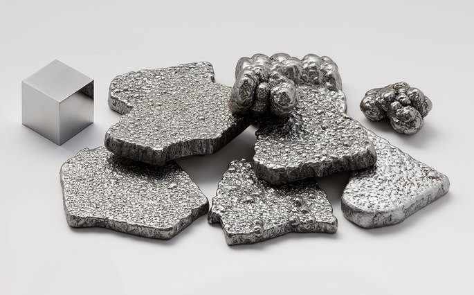 Fragmentos de ferro de alta pureza