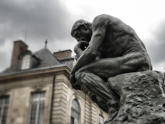 O Pensador, estátua de Auguste Rodin em Paris