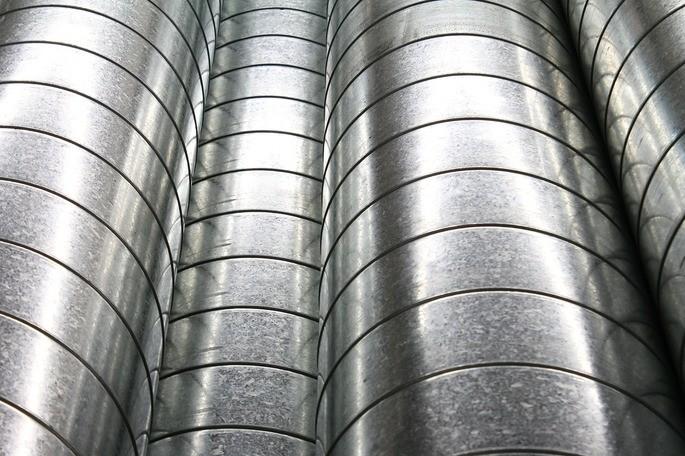Tubos construídos à base de metal