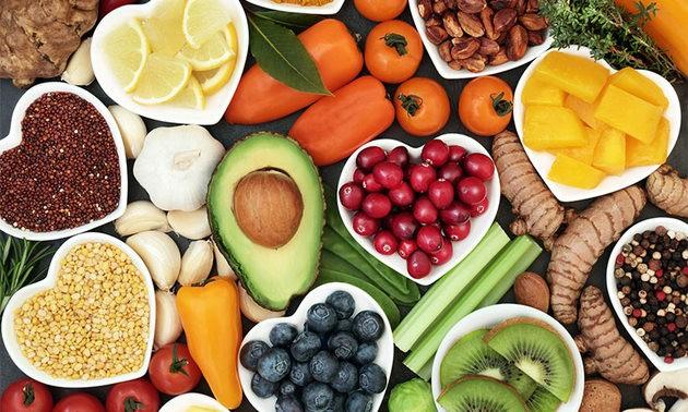 cuál es la diferencia entre dieta vegana y vegetariana